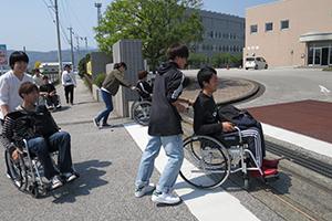 車椅子体験:写真